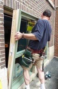 Installation of full frame window